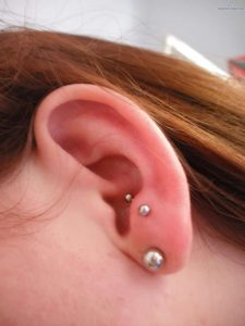 antitragus piercing picture